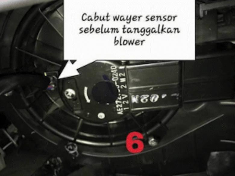 cuci aircond 6